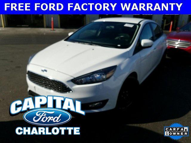 Oxford White 2016 Ford Focus SE 4D Sedan Charlotte NC