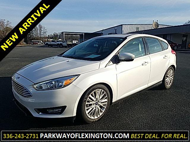 White Platinum Metallic Tri-Coat 2016 Ford Focus TITANIUM 4D Hatchback Lexington NC