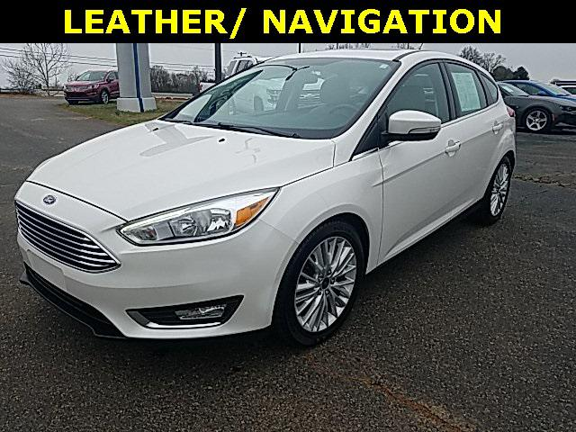 2016 Ford Focus TITANIUM 4D Hatchback Slide