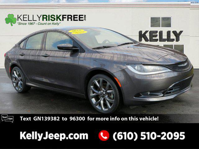 2016 Chrysler 200 S 4dr Car Slide
