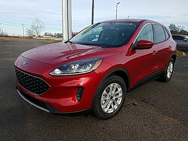 Rapid Red Metallic Tinted Clearcoat 2020 Ford Escape SE 4D Sport Utility Lexington NC