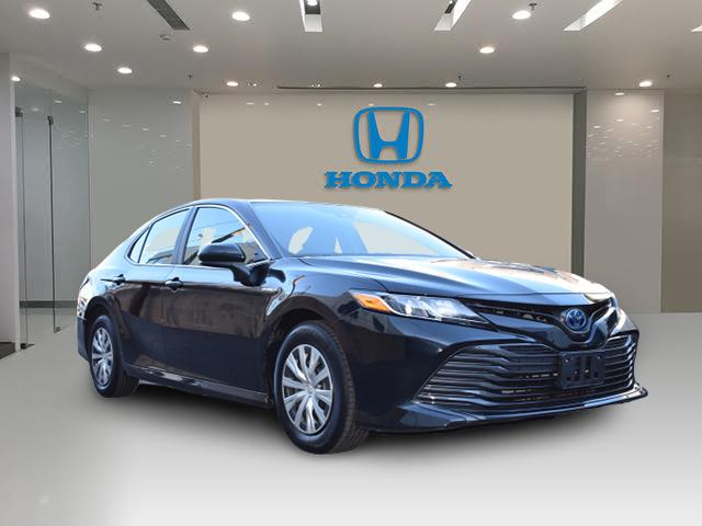 Midnight Black Metallic 2019 Toyota Camry HYBRID LE 4dr Car