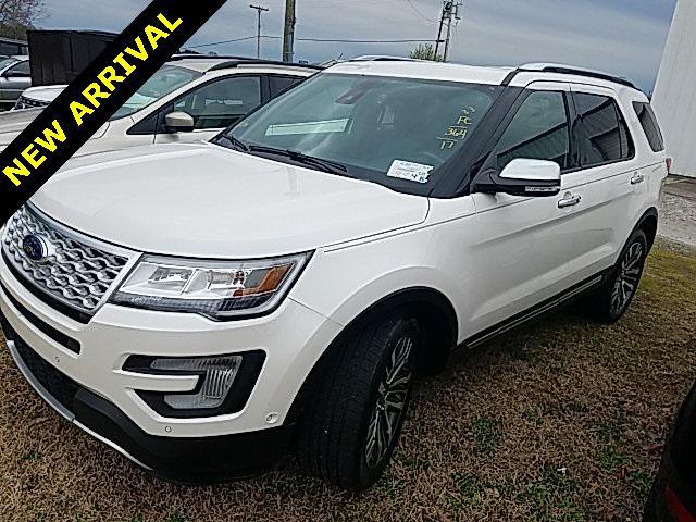 White Platinum Metallic Tri-Coat 2017 Ford Explorer PLATINUM 4D Sport Utility Lexington NC