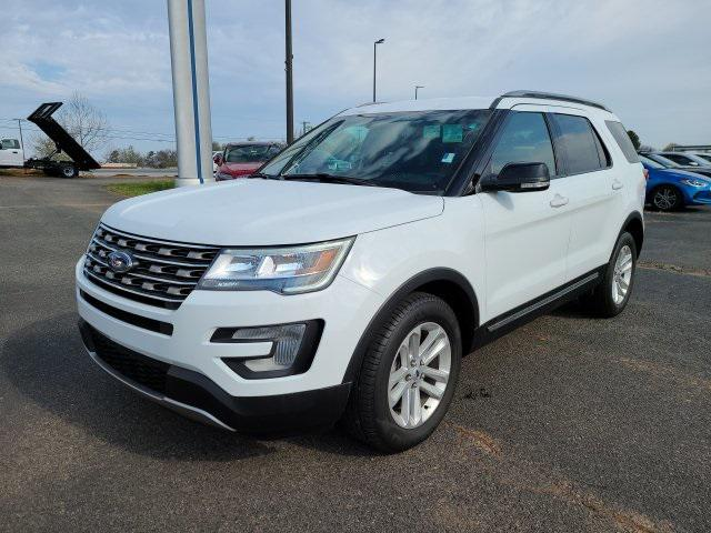 White 2017 Ford Explorer XLT 4D Sport Utility Lexington NC