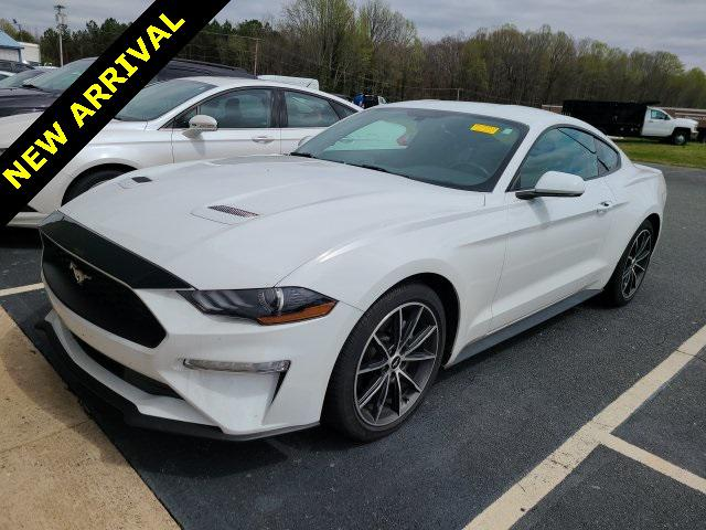 Oxford White 2018 Ford Mustang ECOBOOST 2D Coupe Lexington NC