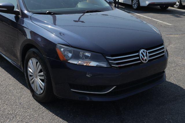 2014 Volkswagen Passat S