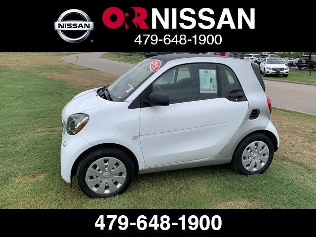 2016 smart Fortwo Pure [16]