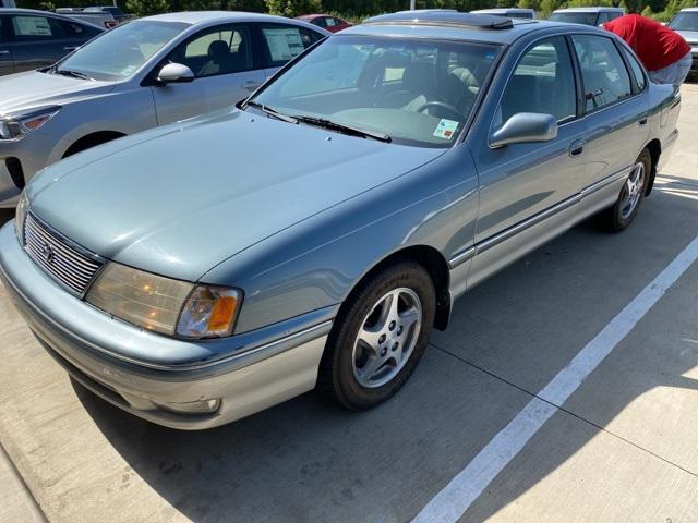 1999 Toyota Avalon XLS [0]