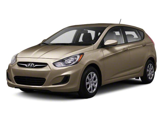2012 Hyundai Accent GS [3]
