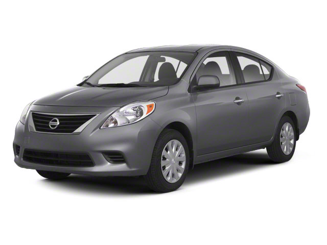 2012 Nissan Versa SV [2]