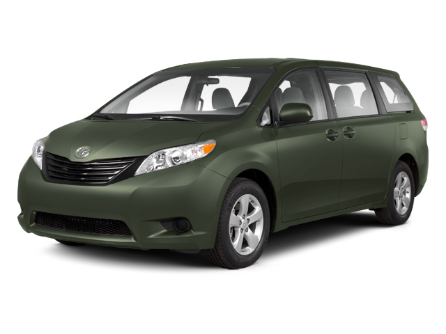 2013 Toyota Sienna LE for sale in NORTH KINGSTOWN, RI