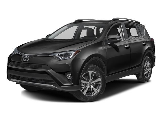 2017 Toyota RAV4 XLE [4]