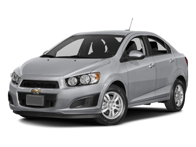 2016 Chevrolet Sonic LT [17]