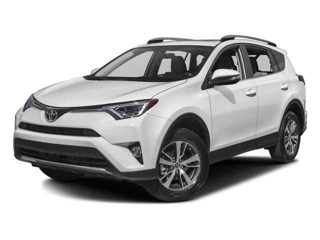 2016 Toyota Rav4 XLE [1]